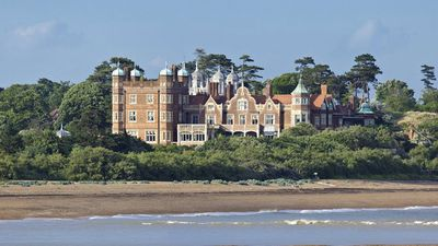 You could own your very own Downton Abbey