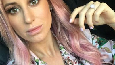 Roxy Jacenko dyes her hair pink