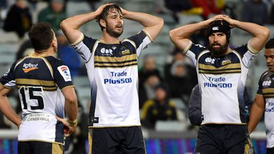 Wellington Hurricanes beat ACT Brumbies in Super Rugby quarter-final