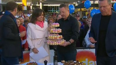 Celebrity chef Luke Mangan gives TODAY's Lisa Wilkinson a sweet surprise