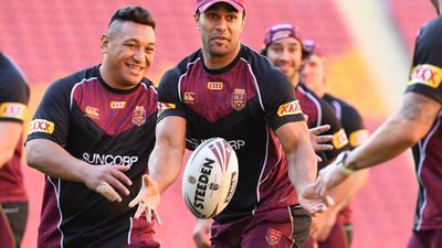 State of Origin: Greg Inglis absence from Queensland camp noticable, says centre Justin O'Neill