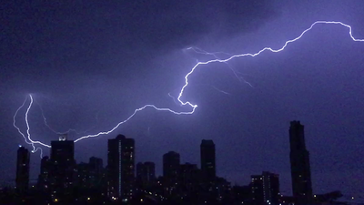Massive lightning bolt caught on camera during spring storm