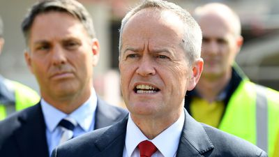 Bill Shorten narrows gap as preferred prime minister