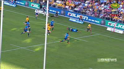 Wallabies hold on for tight win over Italy