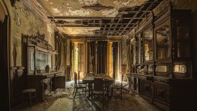 Photographer's haunting snaps show beauty in Europe's abandoned buildings