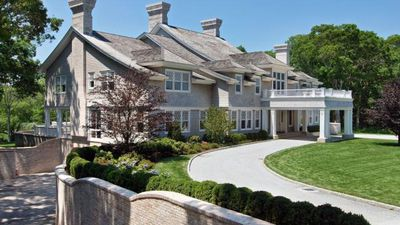 Beyonce and Jay-Z buy $32 million Hamptons home