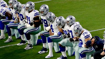Trump adds more heat to NFL 'kneeling' protest
