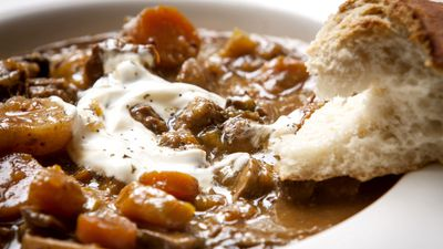 How to cook up winter soups and stews without giving yourself food poisoning