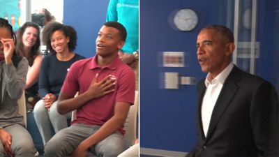 Students floored after Barack Obama strolls into classroom in surprise visit