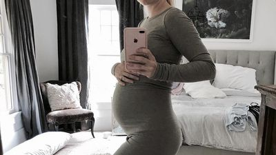 Celebrity baby bumps: Photos