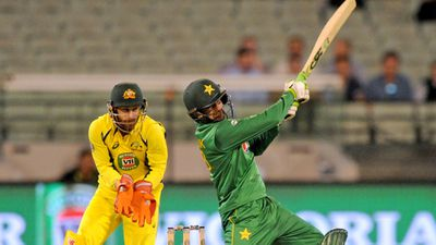 Pakistan sniff ODI series win over Aussies