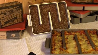 Genius couple invent lasagne pan where every piece is an edge bit