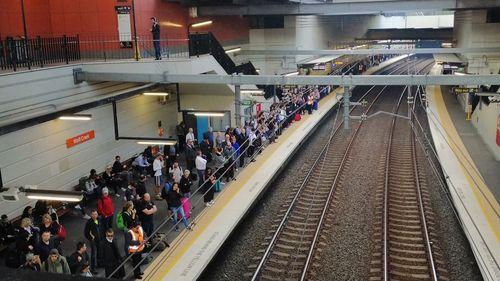 190429 Sydney train delays power outage urgent repairs public transport news Australia