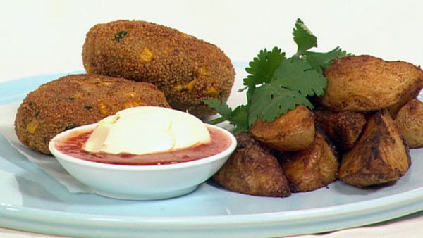 Chicken and corn patties with homemade wedges