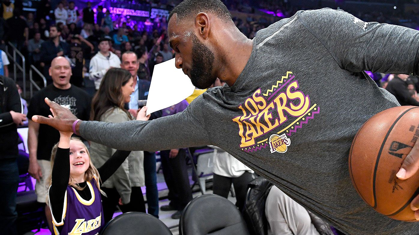 NBA warns players to avoid high-fives