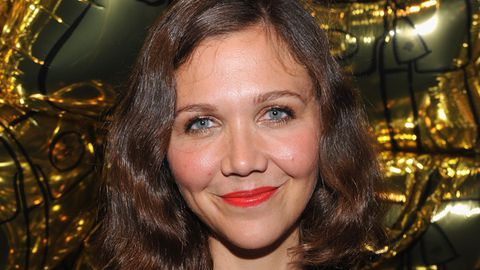 Maggie Gyllenhaal is Queen of the vibrator
