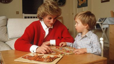 Princess Diana plays with Prince William, 1985
