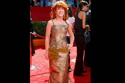 <b>Where she wore it:</b> The 60th Primetime Emmy Awards, 2008.<br/><br/><b>The look:</b> Kathy's no stranger to worst dressed lists. This effort makes us understand why.