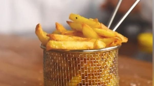 Millions tune in for Melbourne teen's French fries tutorial