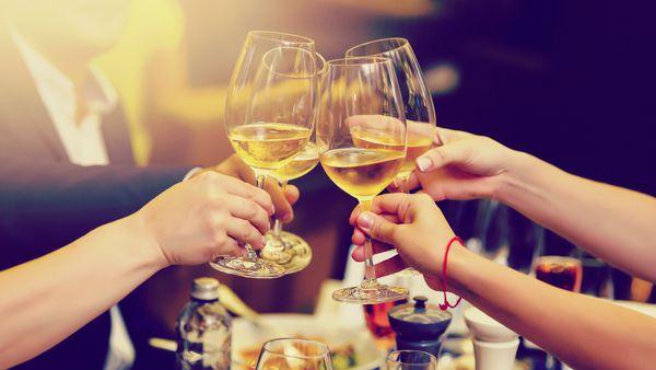 Cheers wine