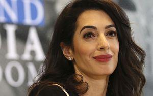 Amal Clooney quits UK role over 'lamentable' Brexit plan