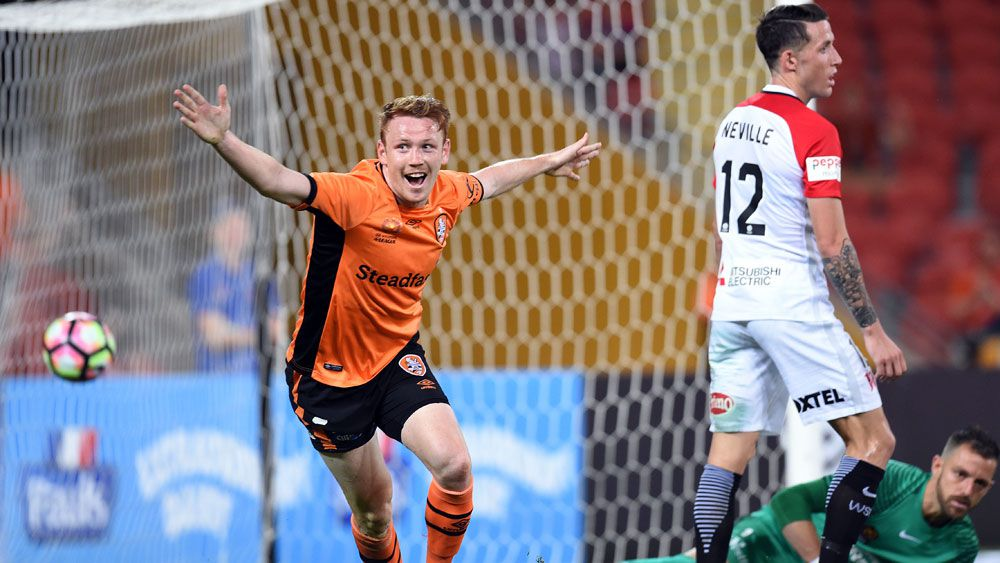 Roar scrap out draw with Wanderers