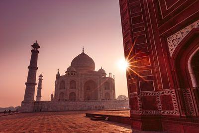 <p><strong>3</strong><strong>.The Taj Mahal</strong></p>
