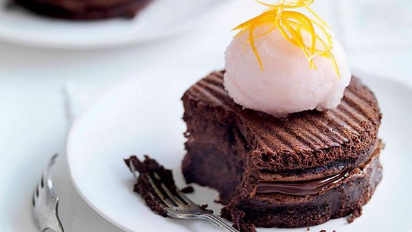 Chocolate gateaux