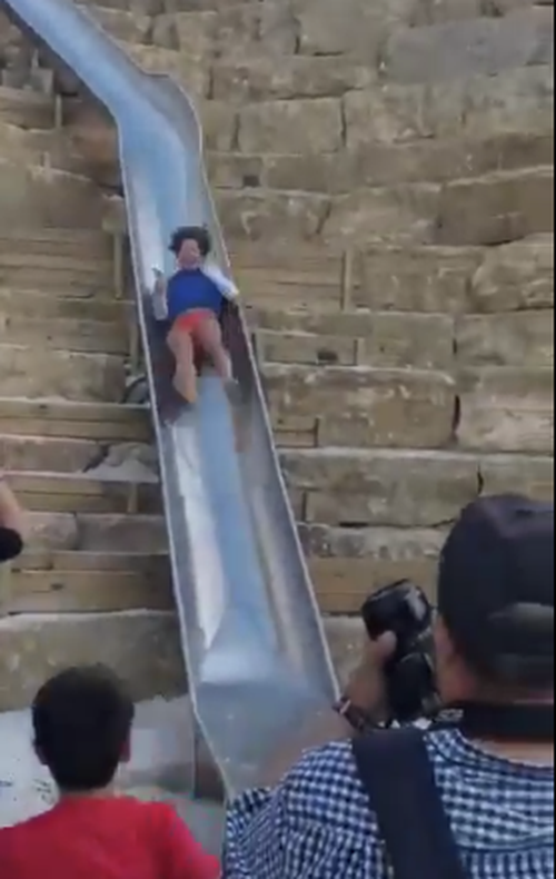 Locals are concerned that visitors to the town may get drunk and seriously injure themselves sliding down the Estepona slide incorrectly.