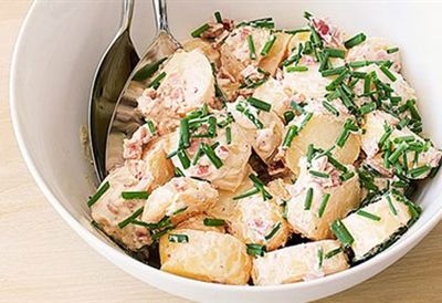 Potato salad with bacon and sour cream