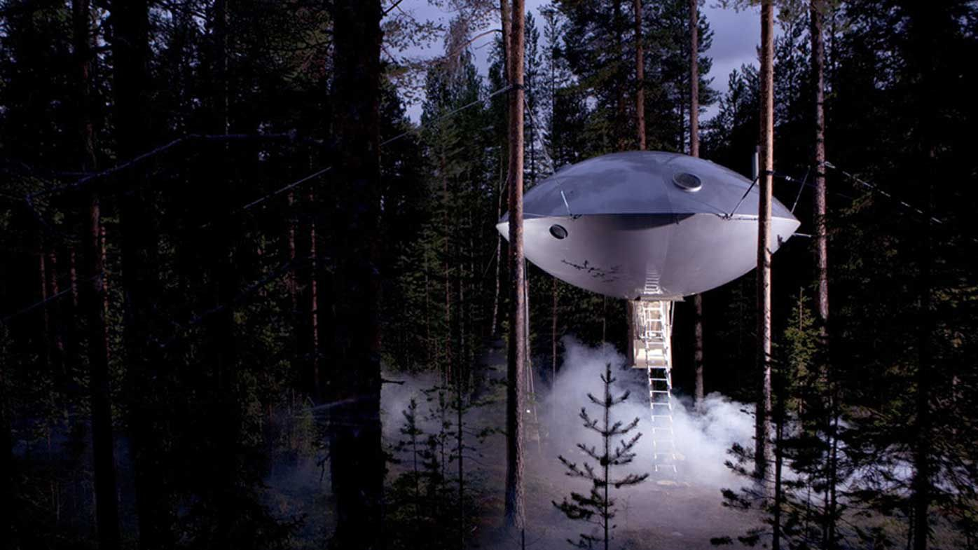 Treehouse hotel Sweden 'The UFO'