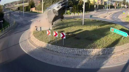 A car got into a freak accident in Poland