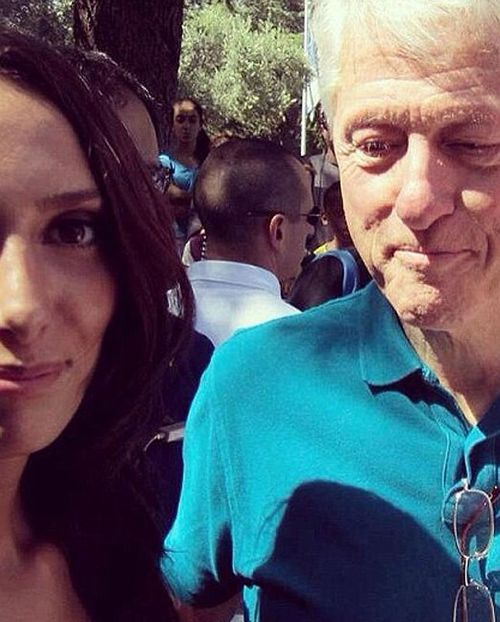 Clinton aide sheds light on former president's 'womanising'