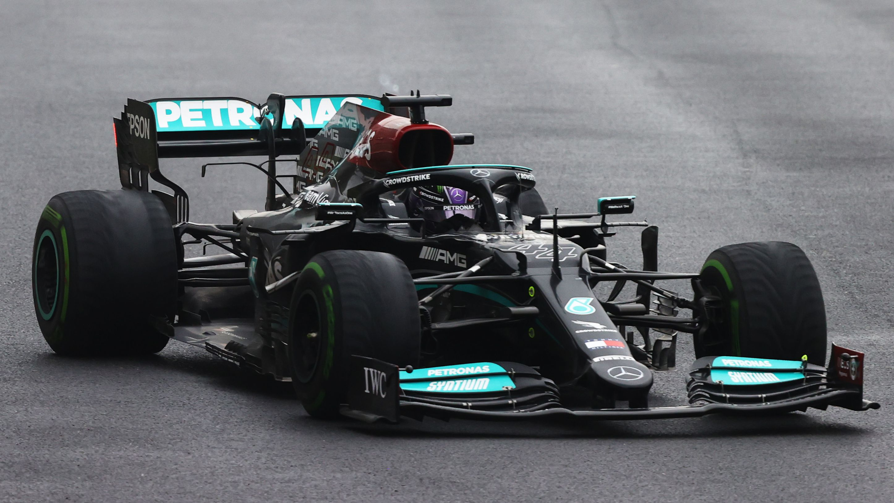 Red Bull boss Christian Horner questions 'significant' Mercedes speed advantage