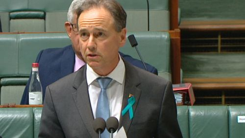 Health Minister Greg Hunt has been forced to make a correction in parliament.