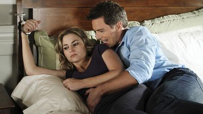 Desperate Housewives Angie and Patrick Logan (Drea de Matteo and John Barrowman)