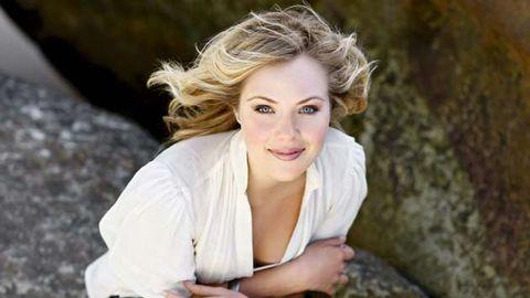 Sneak peek: Jessica Marais' Rafters farewell