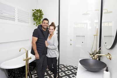 Ronnie and Georgia started the week well by winning the first challenge, and chose house three.