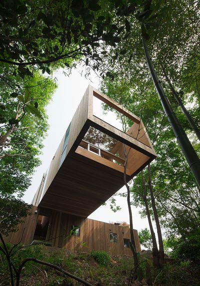 + node house by UID Architects