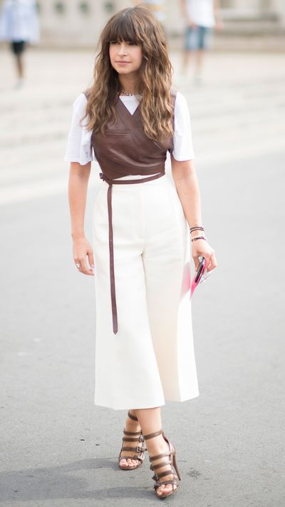 White culottes with a dark, block colour up top can be a fun way to inverse your usual colour palette.