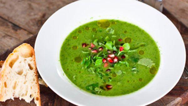Spicy green gazpacho
