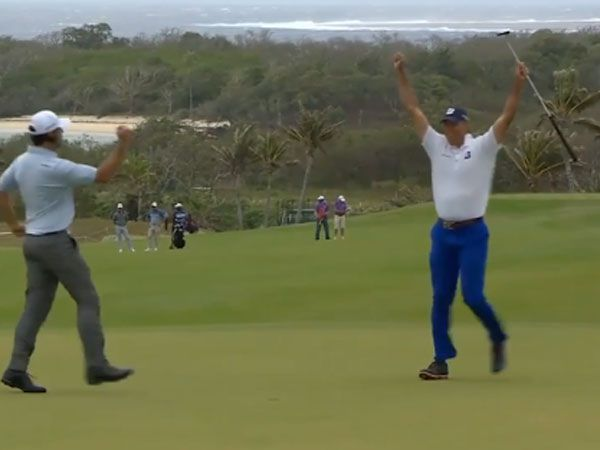 Mother Nature helps Kuchar sink putt