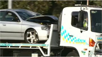 There are calls for tougher regulations in WA's towing industry with reports of dangerous and corrupt actions against competing companies.