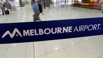 According to the Bureau of Meteorology in Victoria, Melbourne Airport is currently experiencing 15 km/h winds from south-south west, with gusts of up to 17 km/h.