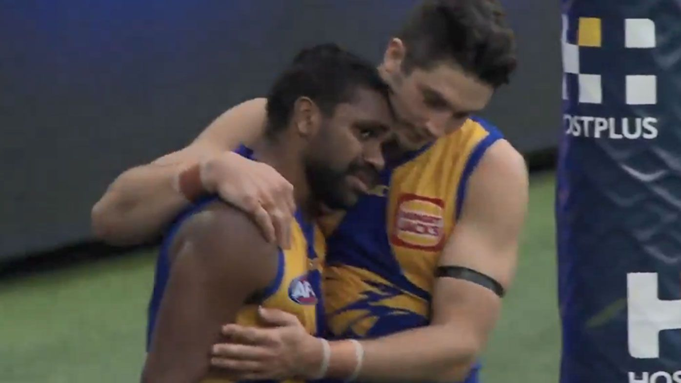 Liam Ryan shares emotional embrace with family, teammates after Eagles dominate Collingwood