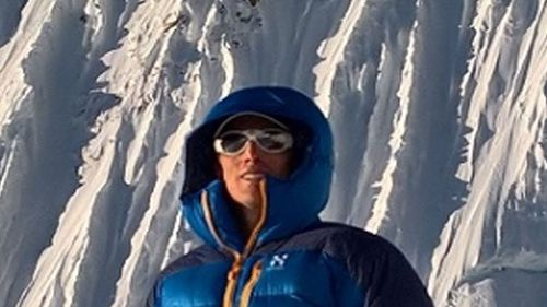 Adventurer Steve Plain from Perth scaled Everest on Monday, completing his mission of climbing the seven peaks in 117 days.