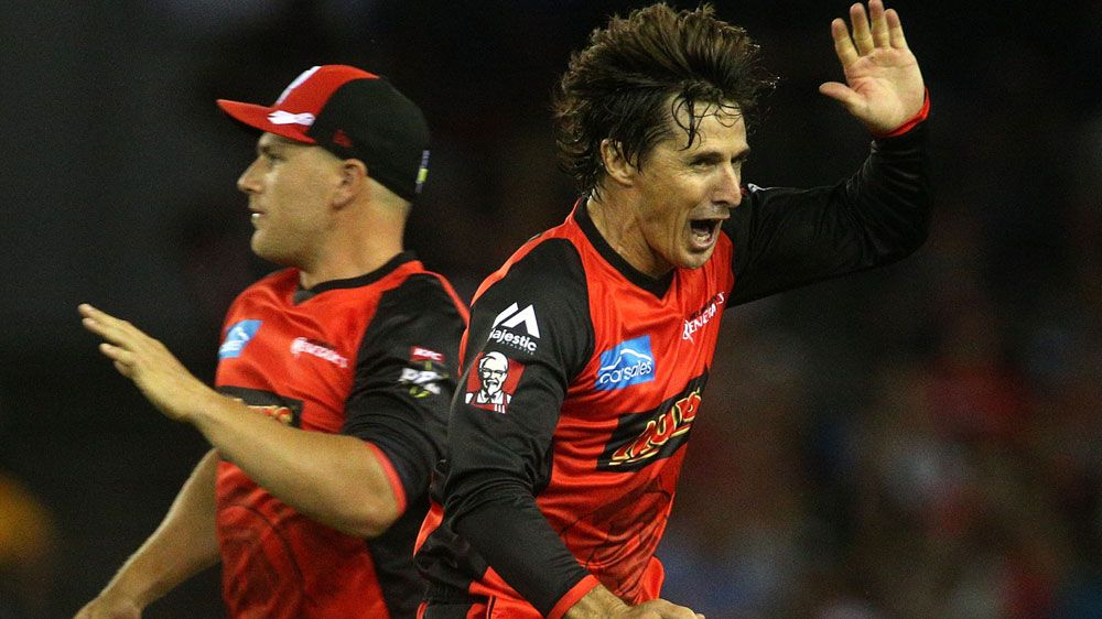White-hot Renegades down Heat in BBL