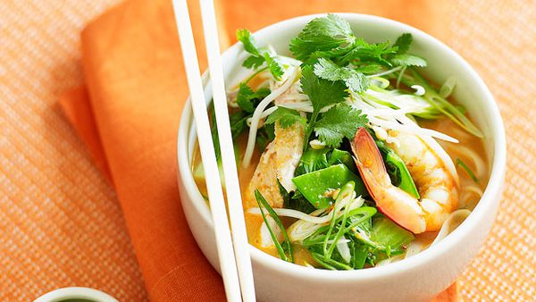 Low-fat chicken and prawn laksa
