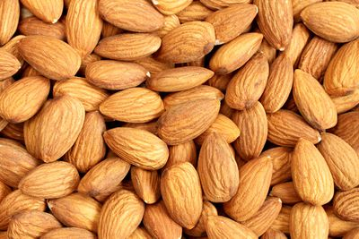 Almonds: 279mg per 100g