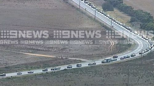 The motorists are trying to get home to Adelaide after the Easter long weekend. (9NEWS)